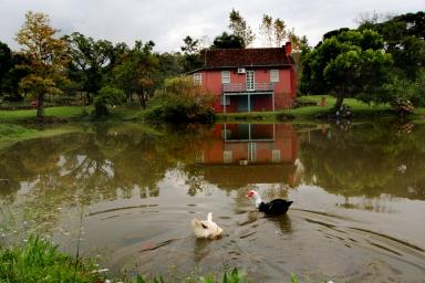 Casa colonial centenária fica localizada na vinícola