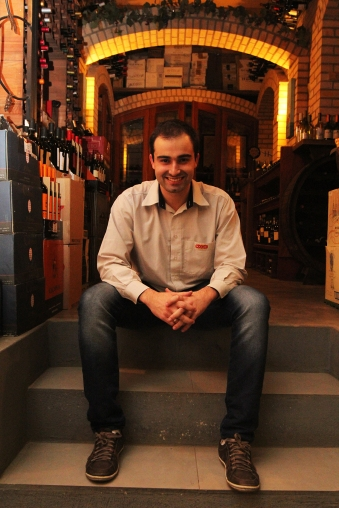 Rodrigo e as galerias da Boccati (foto: Gabriela Di Bella)