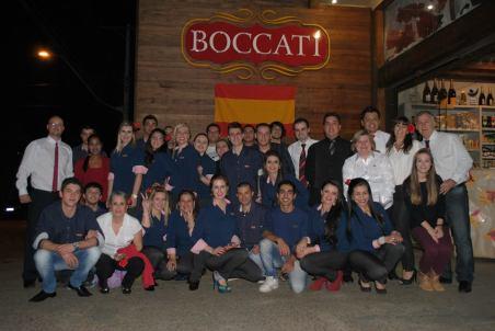 Equipe unida: time da Boccati comemora sucesso do evento.