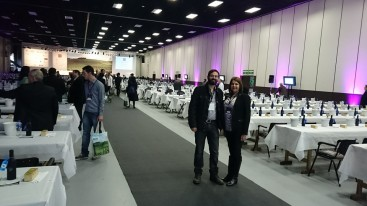 Uma das raras fotos deste blogueiro, ao lado da querida amiga Suzana Grolli.