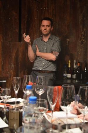 Nosso host falou da Cooperativa e dos seus vinhos mais top - a linha Acordes.