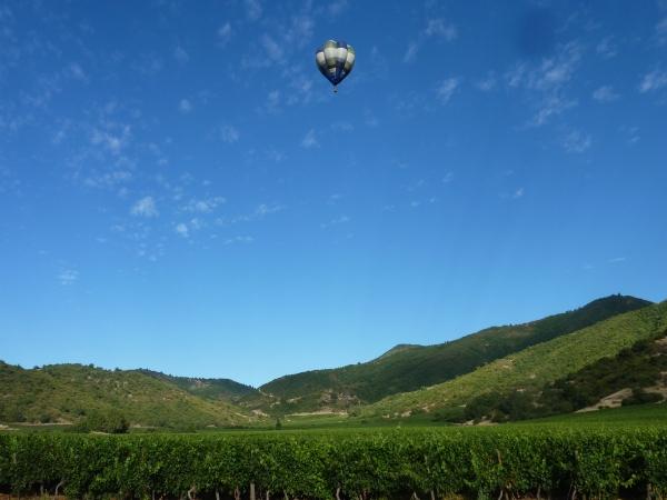 Vinhedos e propriedade da VIK - um pequeno paraíso de 4 mil hectares) no Chile.