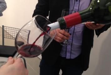 Um vinho espetacular, potente e sem defeitos.