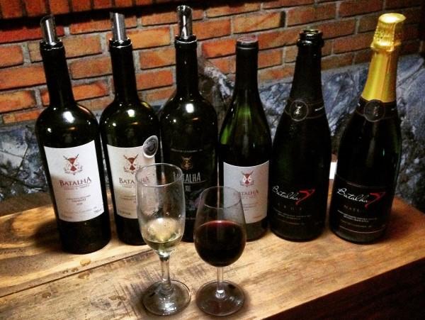 Linha completa de vinhos da Batalha apresentados na Vinho e Arte.