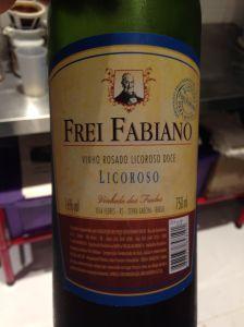 Fé e tradição produzem este vinho, fruto do trabalho de Freis Capuchinhos.